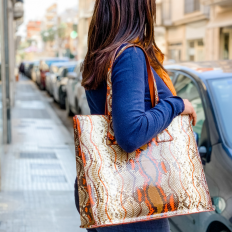 Shopper in pitone Naif arancio