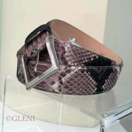 Soft colors in grey and dark green for men's python belt C4000