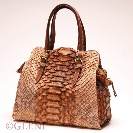 Delicious python tote in caramel tonalities